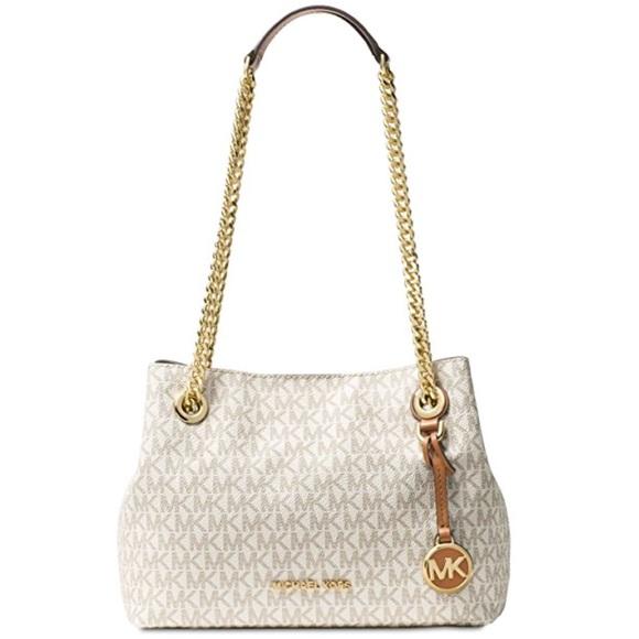 fcd16f3b0701 Michael Kors Bags | Jet Set Chain Messenger Bag Vanilla | Poshmark